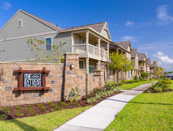 Preferred Apartment Communities Acquires 894-Bed Student Housing Community in Orlando, Florida