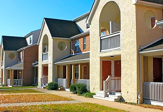 Evergreen Apartment Group Acquires River Commons Apartments in Wilmington, Delaware