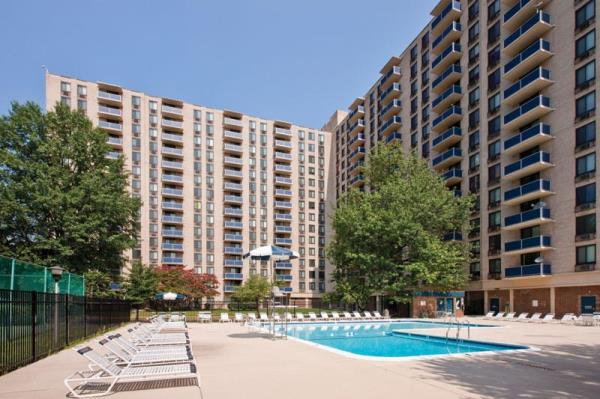 Washington REIT Completes Acquisition of Riverside Apartments in Alexandria, Virginia for $244.8 Million