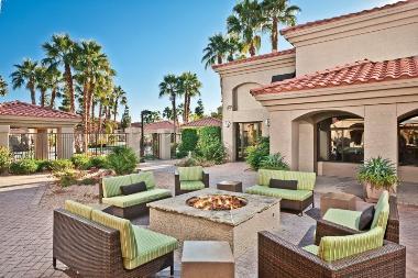Aimco Purchases Upscale Phoenix Apartments