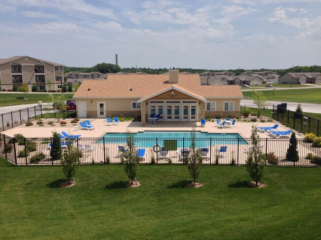 Four Mile Capital Completes Acquisition of 144-Unit Scenic Woods Apartment Community in Manhattan, Kansas for $14.75 Million