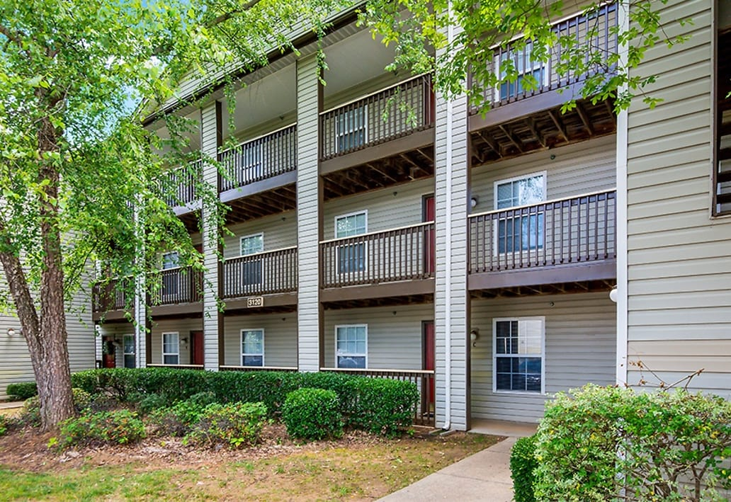 Morgan Properties Expands Footprint in Carolinas with $323 Million Multifamily Portfolio Acquisition Totaling 3,256-Units