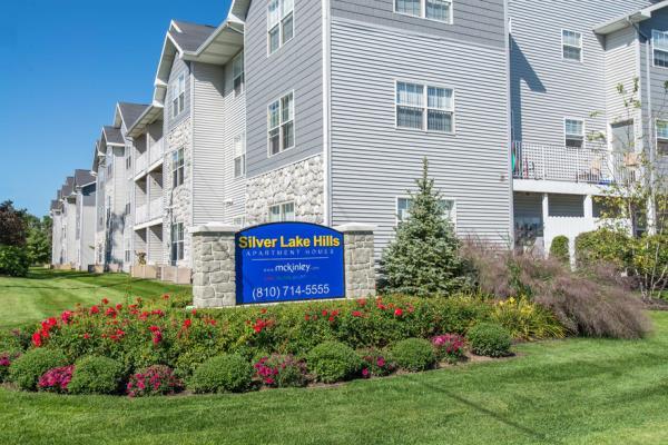 CAPREIT Acquires 310-Unit Silver Lake Hills Apartment Community in Fenton, Michigan