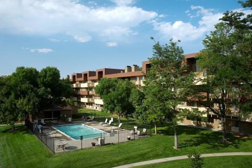 Bascom Group Closes $8.45 Million 112-Unit Apartment Community in Denver, Colorado