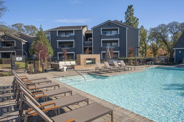 Kennedy Wilson Sells 2,199-Unit Multifamily Portfolio Across the Western U.S. for $422 Million
