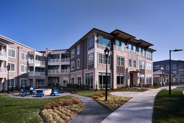 FCP and Terwilliger Pappas Sells Two Multifamily Communities for $128.6 Million in Charlotte Market