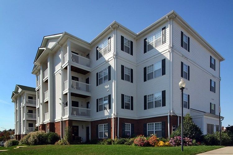 Capital Square 1031 Acquires 140-Unit SomerHill Farms Apartment Community with Value-Add Potential in Washington, D.C. Suburb