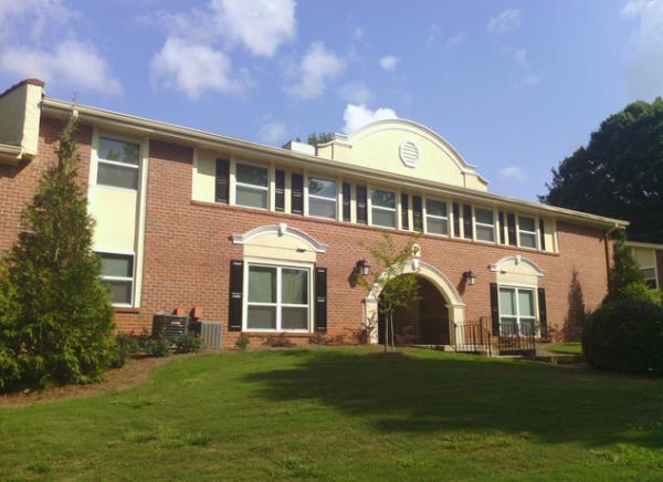 Emma Capital Acquires Two Apartment Communities Totaling 244-Units in Atlanta Metro Area