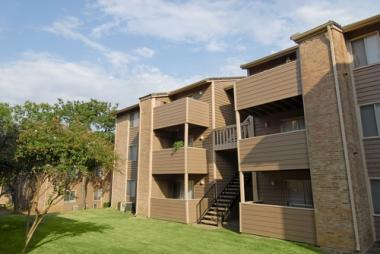 Stonemark Equities Acquires 250-Unit Southern Hills Apartment Homes in Arlington, Texas
