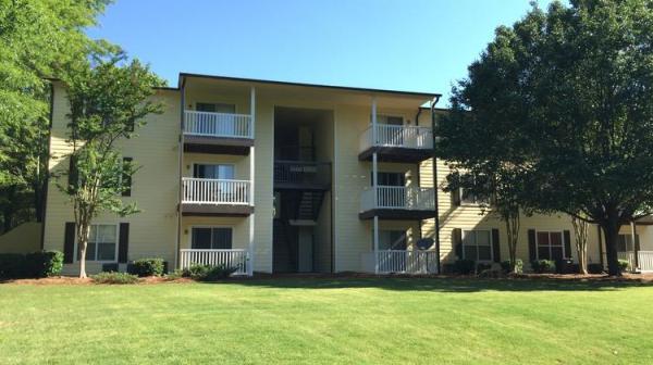 PointOne Holdings Acquires 240-Unit Multifamily Community in Metro Atlanta Market for $17.8 Million