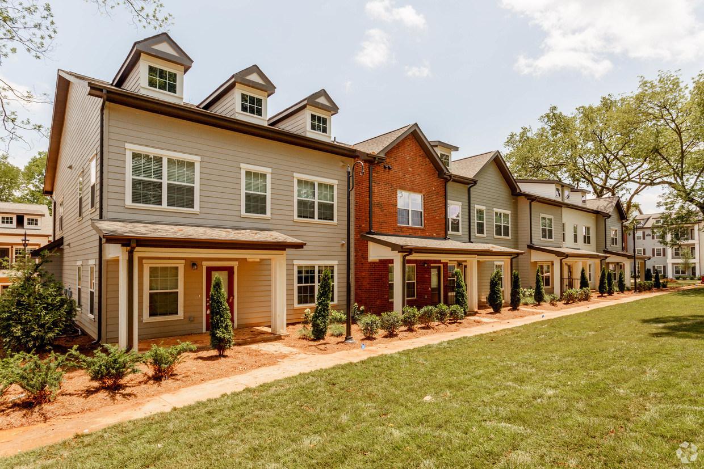 Multifamily Investor Hamilton Zanze Acquires 270-Unit Apartment Community in Nashville Metropolitan Marketplace