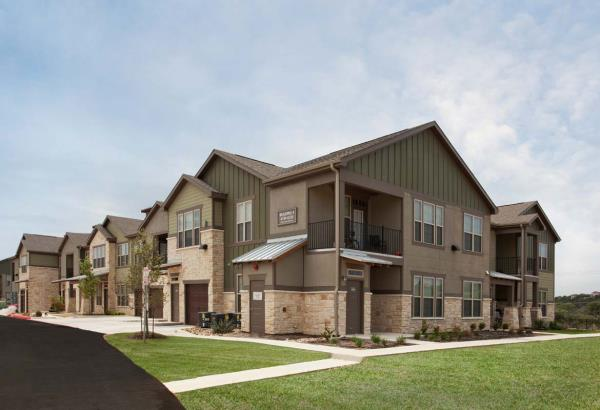 Continental Properties Acquires Land for New Townhouse-Style Apartment Community in Milwaukee