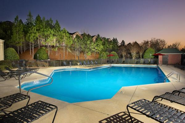 Waypoint Residential Acquires Two Apartment Communities Totaling 507-Units in Alabama