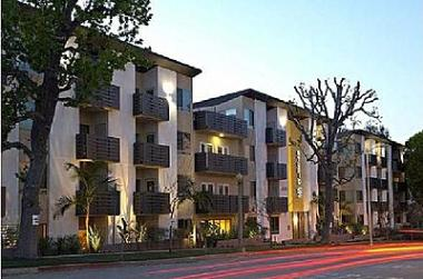 Archstone Sponsored Partnership Acquires 149-unit Apartment Community in Studio City, CA