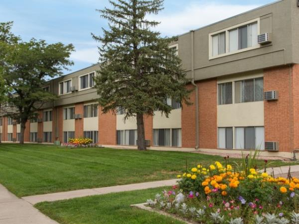 Bascom and The Axton Group Acquire Two Apartment Communities in Colorado Springs for $41.15 Million