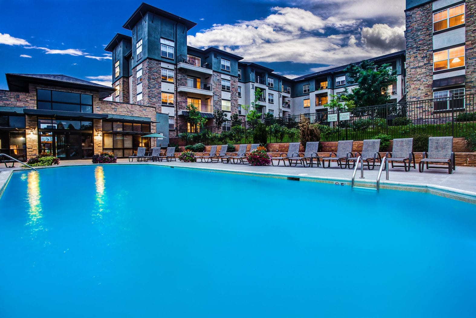 Mission Rock Residential Selected to Manage Summit at Flatirons Luxury Apartment Community in Broomfield Submarket of Denver