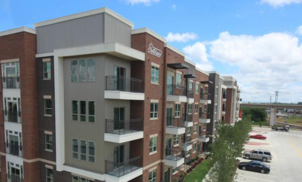 Stoneleigh Companies Opens 234-Unit Switchyard Apartments in Downtown Carrollton, Texas