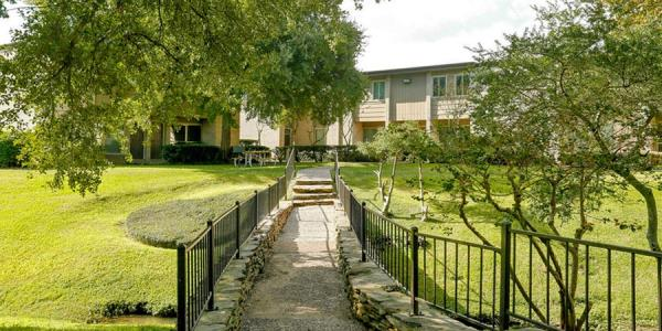 Keener Investments Acquires 150-Unit Multifamily Community in Clear Lake City, Texas