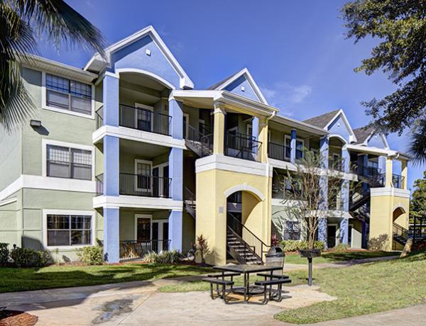 Campus Advantage Acquires 930-Bed Off-Campus Student Housing Community in Orlando, Florida
