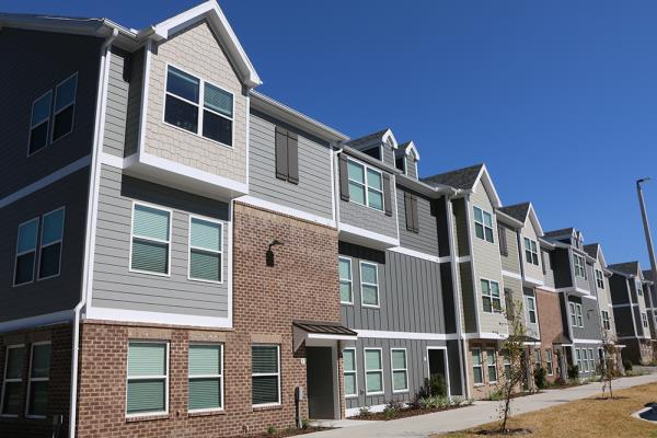 Campus First Expands into Florida with Acquisition of 661-Unit Student Housing Community in Gainesville