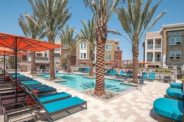 The Praedium Group Completes Purchase of 306-Unit Multifamily Community in Gilbert, Arizona