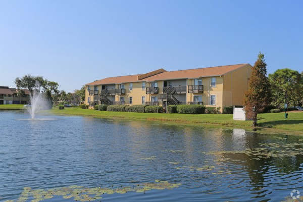 Trellis at the Lakes Begins First-of-its-Kind Apartment Renovations in the St. Petersburg Region of Florida