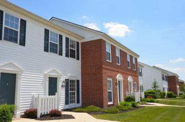 Champion Real Estate Services Completes Purchase of 304-Unit Apartment Community in Ohio
