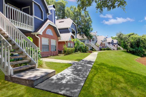 TruAmerica Multifamily and RSE Capital Partners Acquire Tampa Apartment Portfolio for $63.75 Million