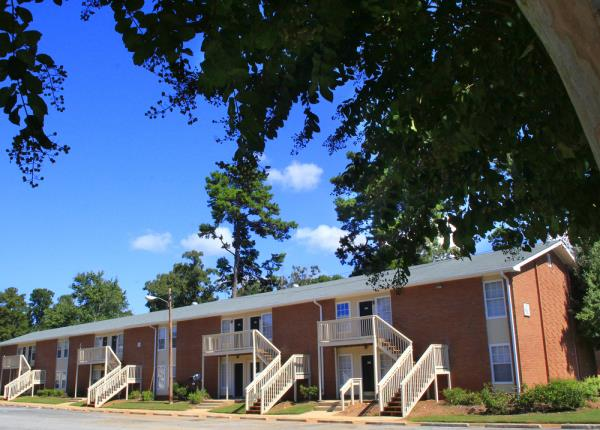 AH Capital Closes $21.7 Million Sale of 500-Unit Apartment Community in Downtown Athens, Georgia