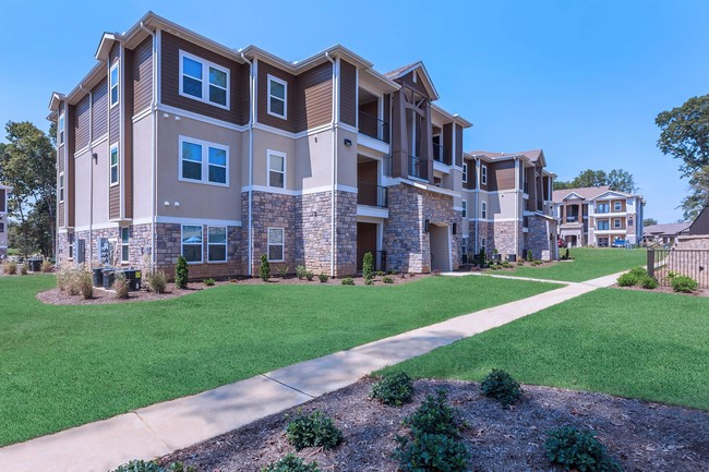 DLP Real Estate Capital Acquires 288-Unit Vantage at Germantown Apartment Community in Memphis Submarket of Germantown