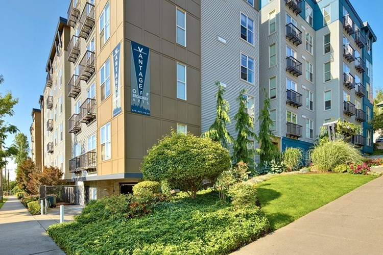 American Capital Group Expands Multifamily Portfolio With Acquisition of Two Apartment Communities in Seattle for $68.35 Million