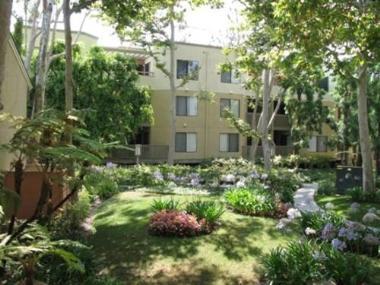 Kennedy Wilson Acquires Via Verde Apartments