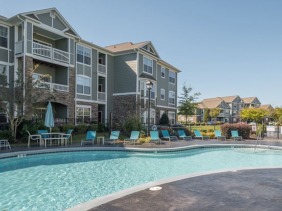 The Preiss Company Led Investment Group Acquires 304-Unit View at Legacy Oaks Apartments in Knightdale, North Carolina