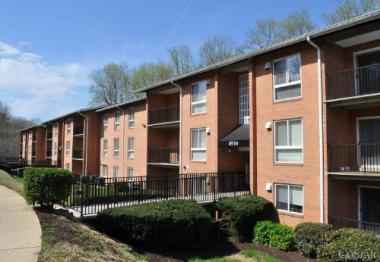 Transwestern Mid-Atlantic Multifamily Group Arranges the Sale of Virginia Village Apartment Community