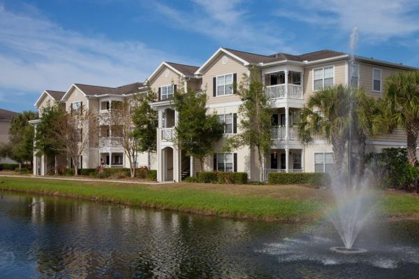 American Landmark and RSE Capital Partners Acquire 360-Unit Community in Tampa's Westshore District