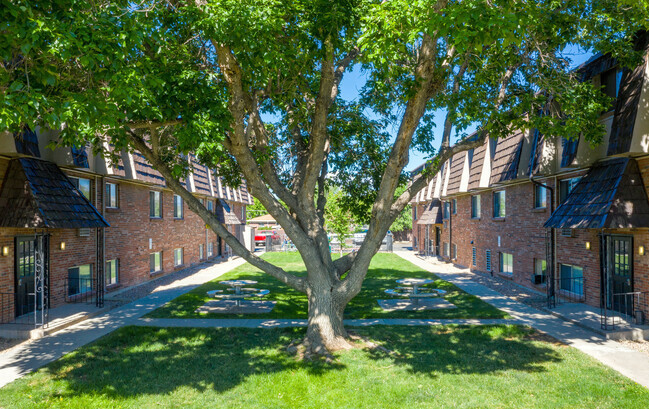 Township Capital and Epic Investment Services Value-Add Fund Announce Acquisition of Multifamily Community in Denver Submarket