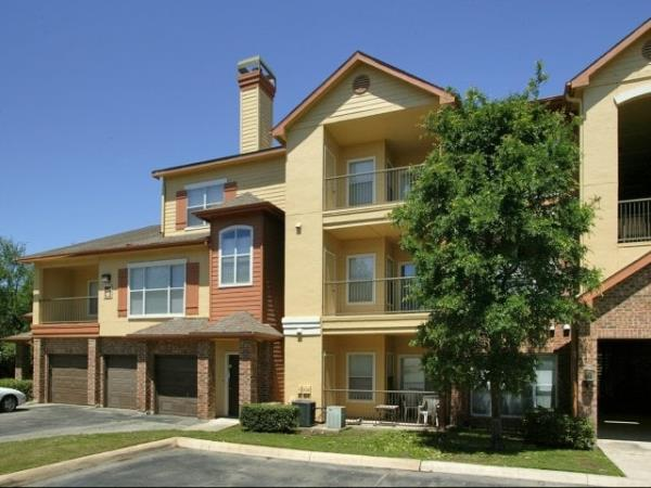 H.I.G. Realty Partners Acquires 322-Unit Windsor House Apartments in San Antonio, Texas