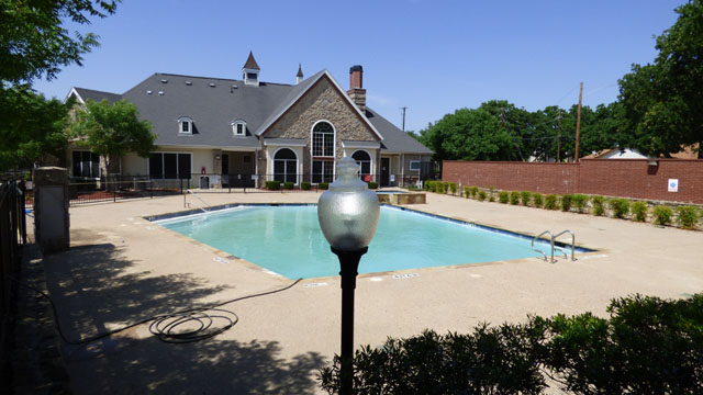 Resident Clubhouse at Murdeaux Villas Apartments in Dallas, TX