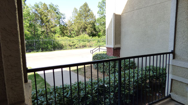 Scenic Views at Murdeaux Villas Apartments in Dallas, TX