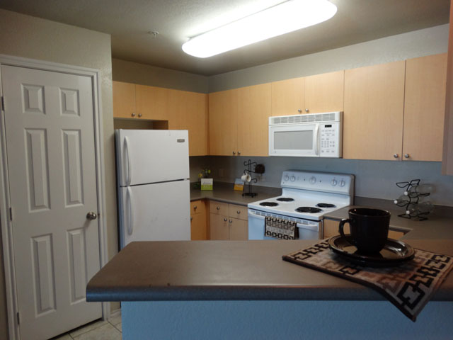 Fully Equipped Kitchen at Murdeaux Villas Apartments in Dallas, TX