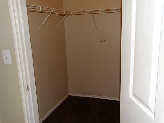 Walk-in Closet at Murdeaux Villas Apartments in Dallas, TX