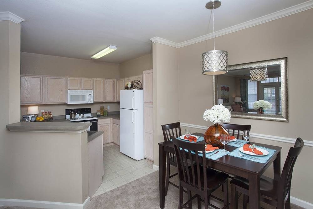 Dining Area at Nelson Pointe Apartments in Lake Charles, Louisiana