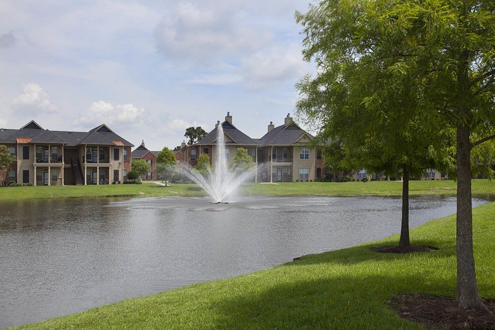 Private Lake at Nelson Pointe Apartments in Lake Charles, Louisiana