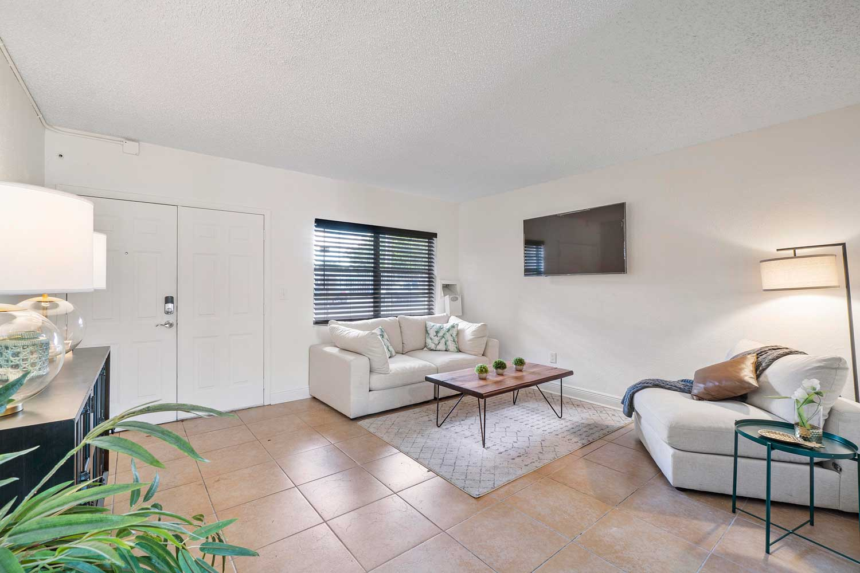 Neutral Color Scheme at New Castle Lake Apartments in Miami, FL
