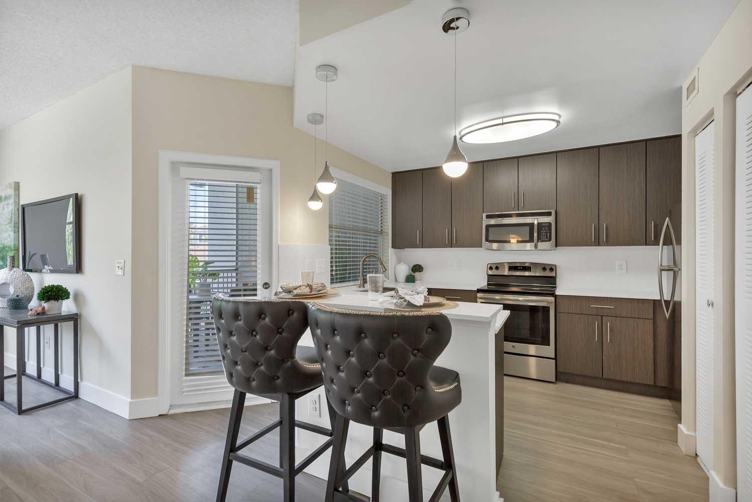 Kitchen Cabinets at New Castle Lake in Miami, FL
