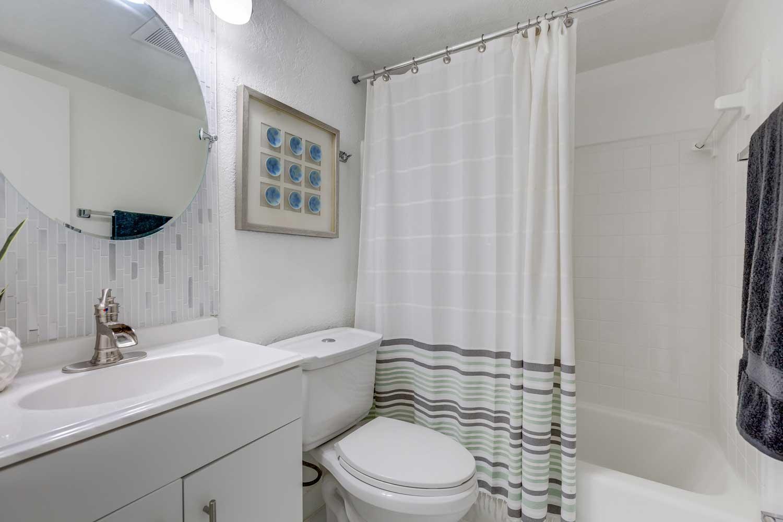 Bathroom Interiors at New Castle Lake in Miami, FL