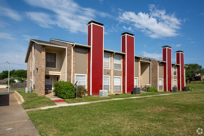 Pet-Friendly Apartments at The Cassidy at Western Hills Apartments in Fort Worth, Texas