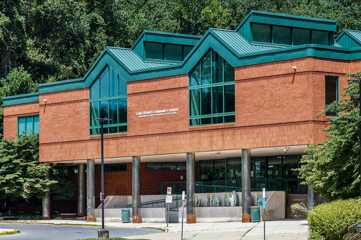 5 minutes to Long Branch Community Center in Silver Spring, MD