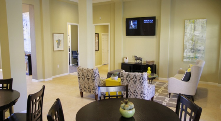 Living Area at the Oakland Hills Apartments at Floresville, TX