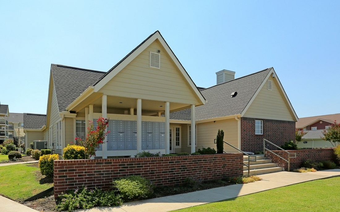 Outdoor Location at the Oakmont Apartment Homes in Catoosa, OK
